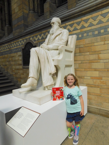 Isabelle with Charles Darwin